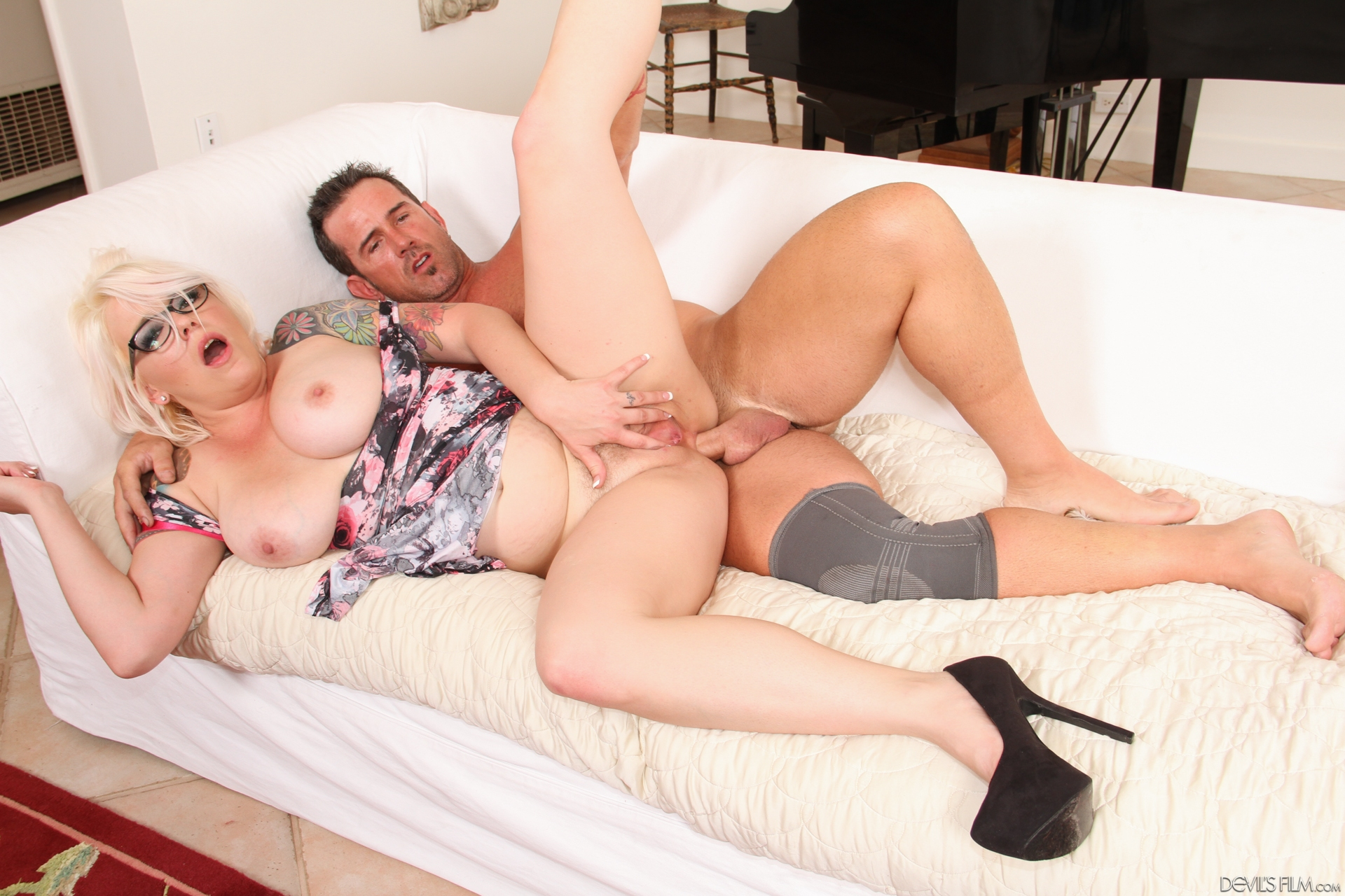 cheating old wife analsex #8